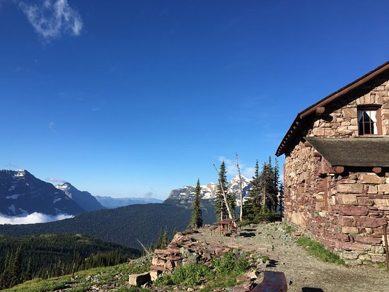 Granite Park Chalet: Just one of the great views up here.