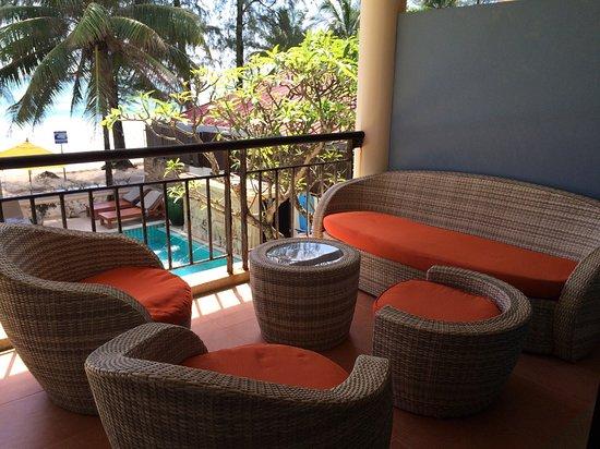 Kamala Beachfront Apartment: photo2.jpg