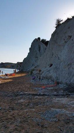 Kounopetra, Grecia: Spiaggia di XI