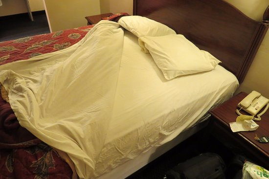 Brookings, Oregón: sheets were clean and laundered Spindrift Motel