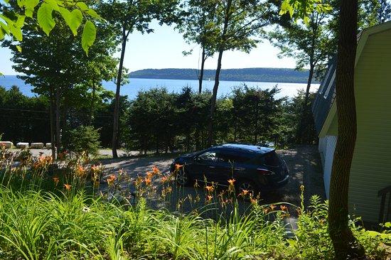 Gore Bay, Καναδάς: Nice view from driveway