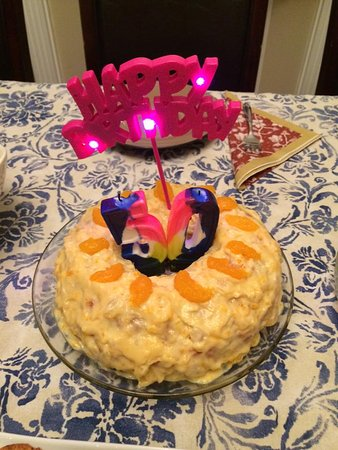 Harbourview Bed & Breakfast: Another guest birthday.