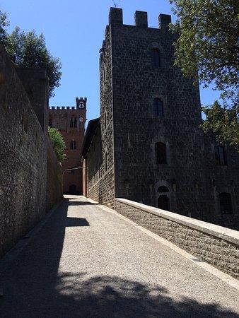 Gaiole in Chianti, Italien: photo1.jpg