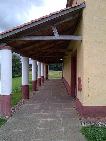 Wroxeter, UK: Looking along the covered walkway entrance