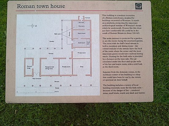 Wroxeter, UK: Plan of Roman Town House on guide panel