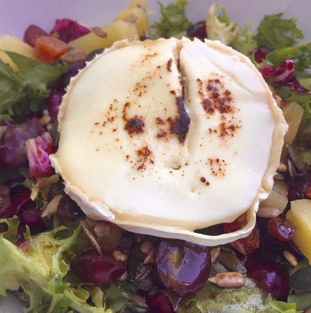 Moana, Spanje: Ensalada con queso de cabra