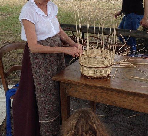 Sabres, France: Le travail de l'osier