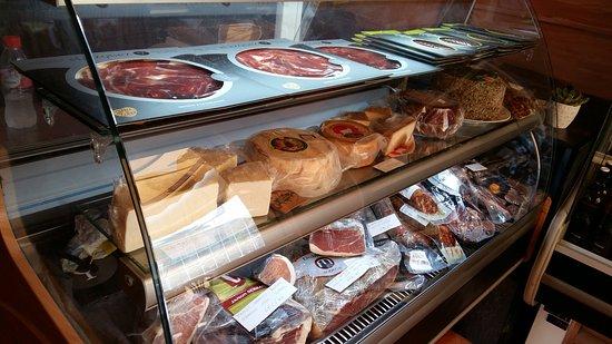 Плайя-де-Фанабе, Испания: jamón bellota y quesos