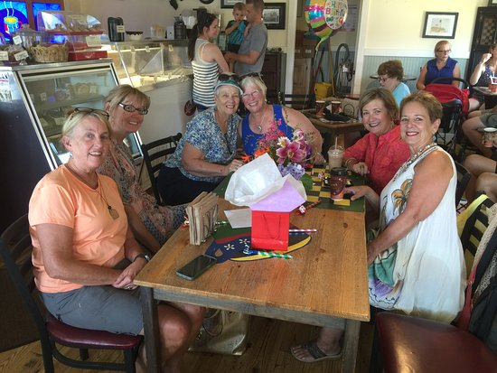 Oriental, NC: Birthday party at he Bean