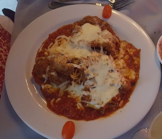 Katy, Teksas: Chicken parmigiana for dinner