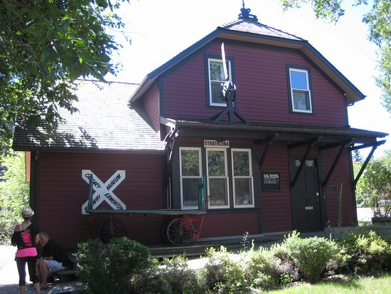 Calgary & Edmonton Railway Museum