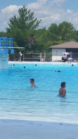 Dunnville, Canada : Pool