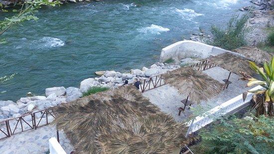Hotel Lunahuana River Resort: Vista del río