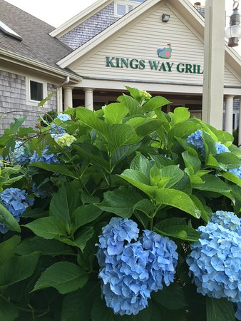 Yarmouth Port, MA: July at Kings Way Grille
