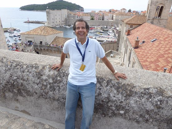 Hilton Imperial Dubrovnik: Muralhas da cidade antiga