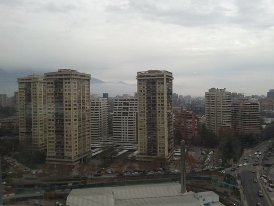 Santiago Metropolitan Region, Chile: Vista desde el restaurante.