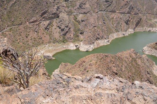 Tejeda, Španělsko: Jezioro i zapora Parralillo