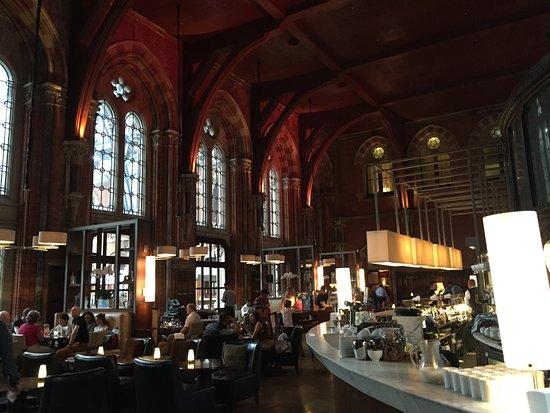 The Booking Office Bar Restaurant St Pancras Hotel Picture Of St Pancras Renaissance Hotel London London Tripadvisor