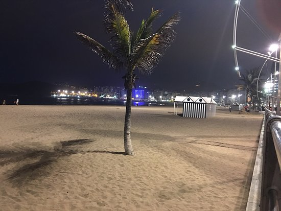 Playa de Las Canteras: Las Canterras im Juli um 22:00