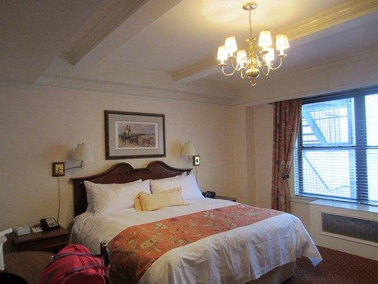 The Milburn Hotel: Habitación sin vista pero muy tranquila.