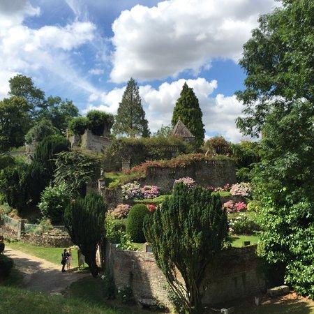 Les jardins le sidaner magnifiques picture of gerberoy for Le jardin le moulleau