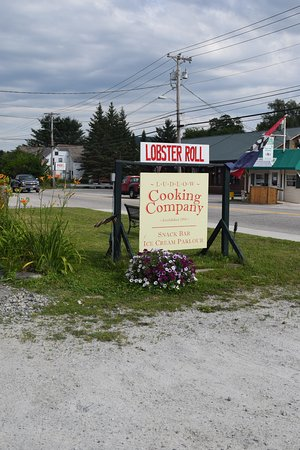 Ludlow, VT: Lobster Roll is what got my attention