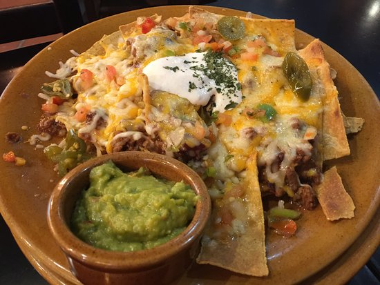 Nachos san fernando picture of foster 39 s hollywood for Foster hollywood jardines