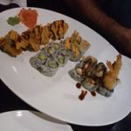Brooksville, FL: Goldern Alaskan, California, Boston and tempura shrimp