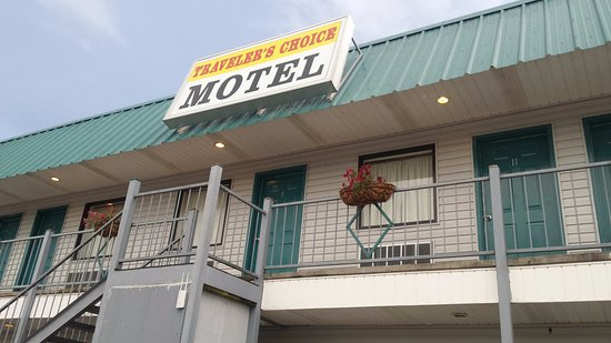 Bay St Louis, MS: motel frontage.