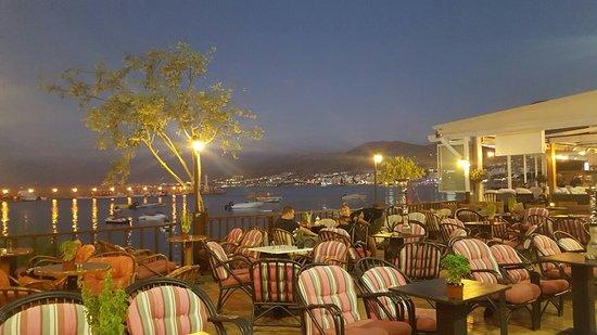 Albatros Spa & Resort Hotel: 20160716_210014_large.jpg
