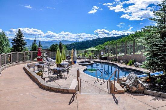 Snowmass Village, Colorado: Summer 2016 Slopeside Pool