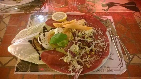 Cesano Boscone, Itália: Carpaccio bresaola, mozzarella e melone