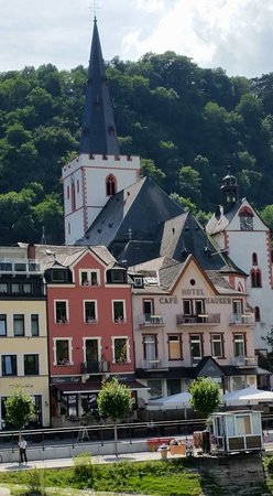 Rhein: Some of the different Hotels and houses