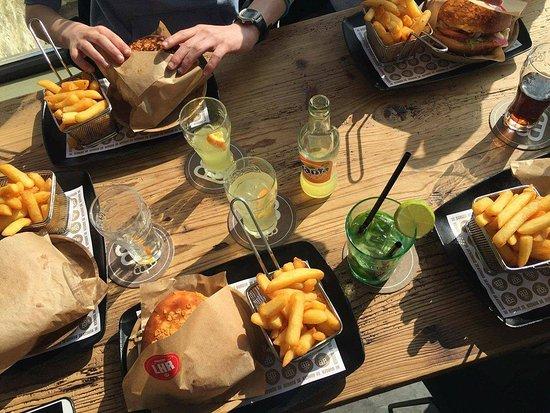 Zaventem, Belgien: repas en famille