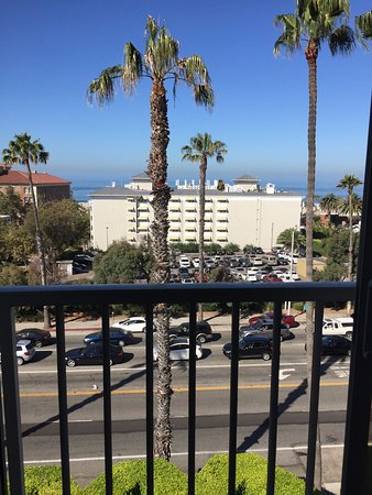 Viceroy Santa Monica: This is the 'ocean view' room we paid for