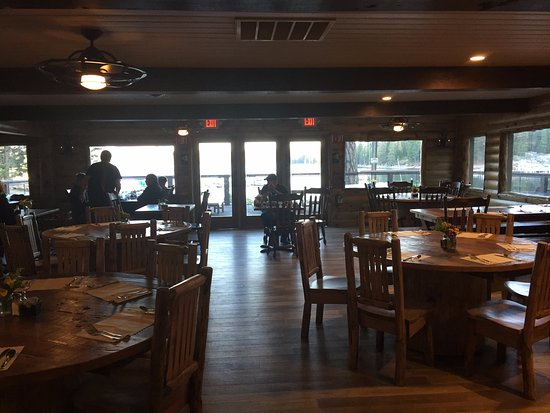 Shaver Lake, CA: Dining Area