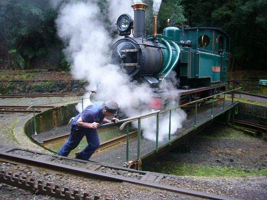 Strahan, Australia: Turning the locomotive at Dubbil Barril