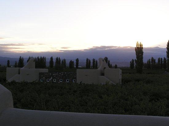 Cavas Wine Lodge: Atardecer de verano 4