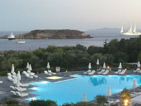 Grecotel Cape Sounio : View from roof-top Dining Room - watching the moon rise and the boats going by!