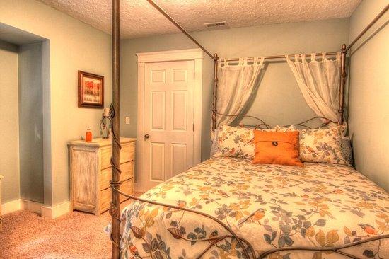 Sandpoint, ID: Mickinnick Room