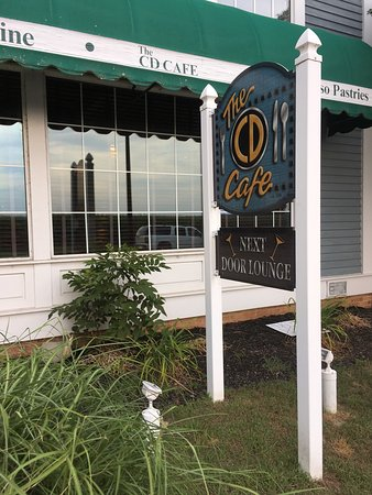 Salomonøerne, MD: Inside CD Cafe