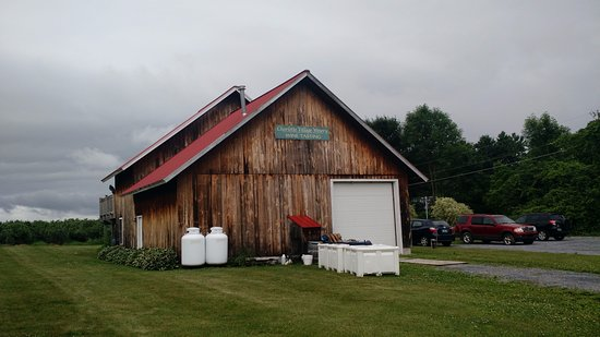 Charlotte, VT : Chalotte Village Winery