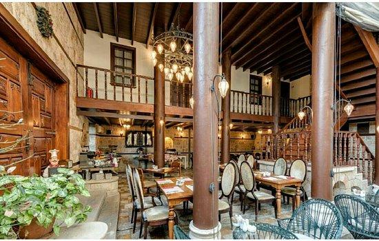 Tuvanna Suit Hotel
