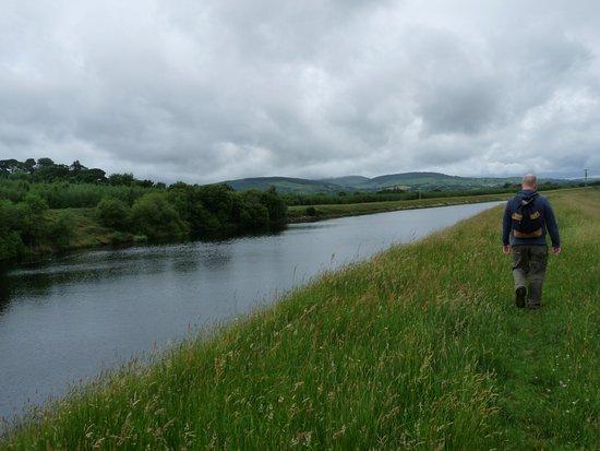 Tulla, Irlande : O'Brien's Bridge trail (5 miles of walking)