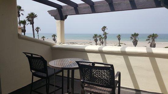 Embassy Suites by Hilton Mandalay Beach - Hotel & Resort Image