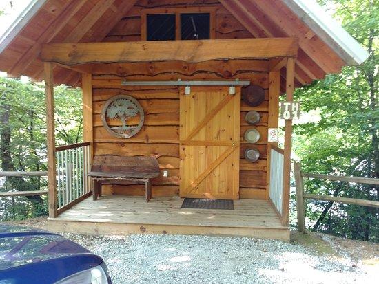luxury tree house resort. Camp LeConte Luxury Outdoor Resort: Tree House Resort