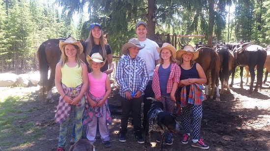 Cranbrook, Canada: Little buckaroos with the 2 guides Bailey and Chase