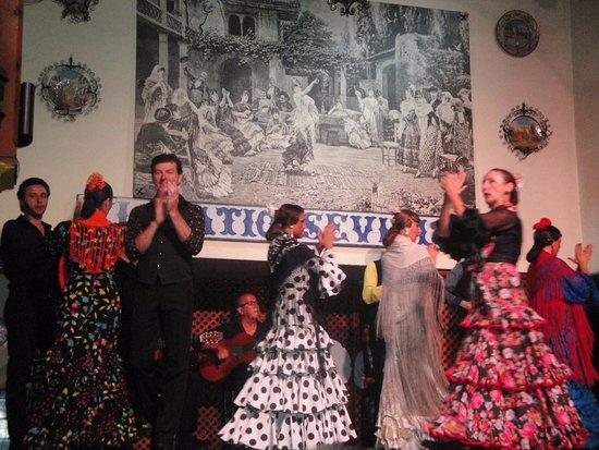 El Patio Sevillano Dancers Picture Of El Patio Sevillano Seville