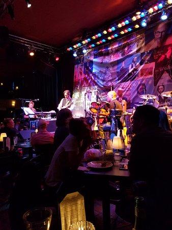 Dimitriou's Jazz Alley: Al Di Meola