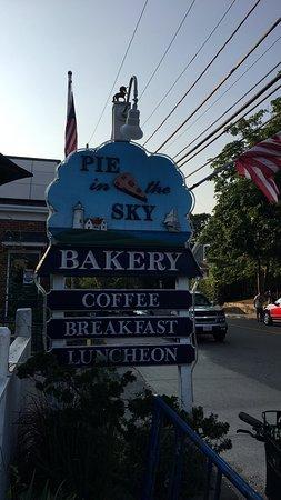 Pie In The Sky Bakery & Internet Cafe: photo0.jpg